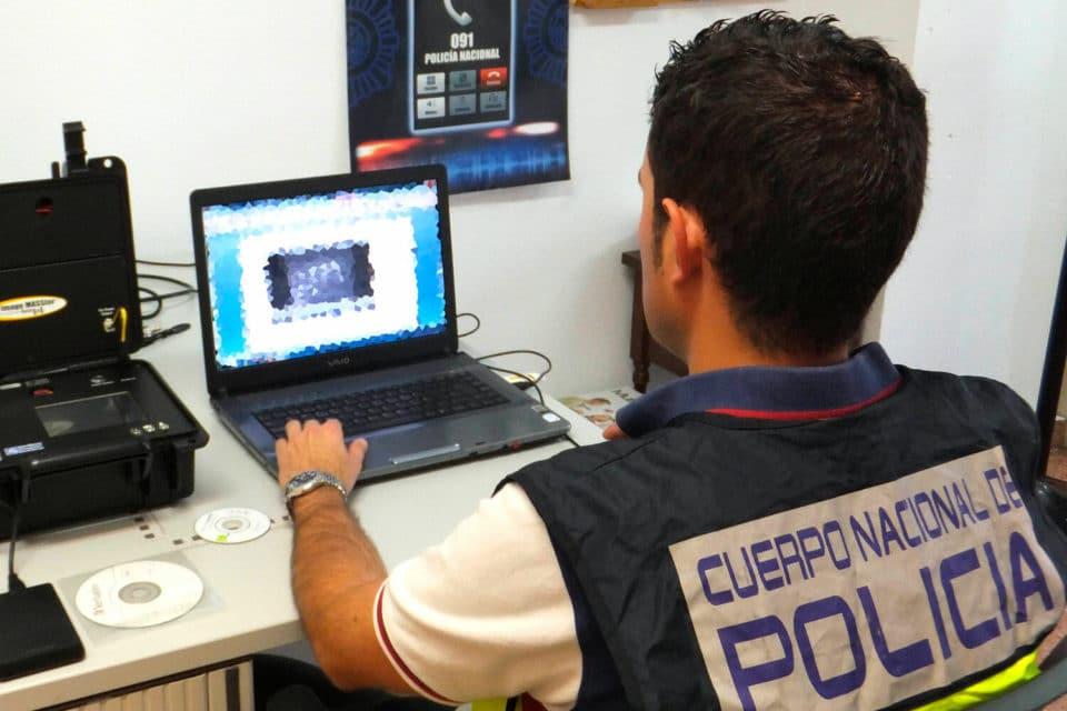 policía detecta ciberataques al sistema informático de los hospitales